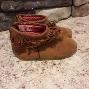 Baby girls sz 6 super cute boots